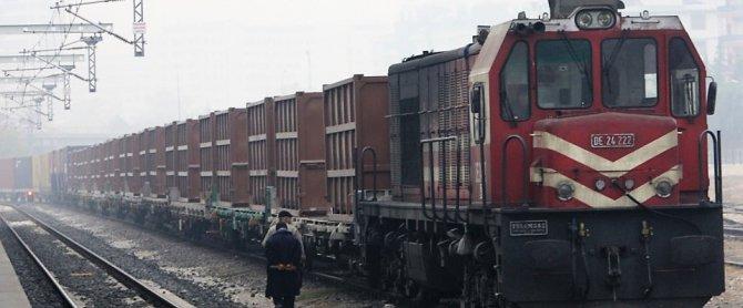 yuk-tasimaciligi-demiryolu.jpg