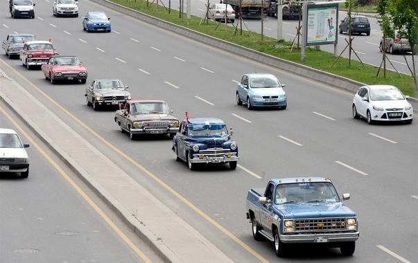 Klasik otomobiller türkiye yollarında