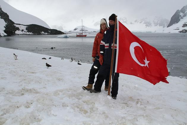Antartika ya türk bayrağı dikilecek
