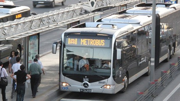 Metrobüs durağında tacize hapis cezası