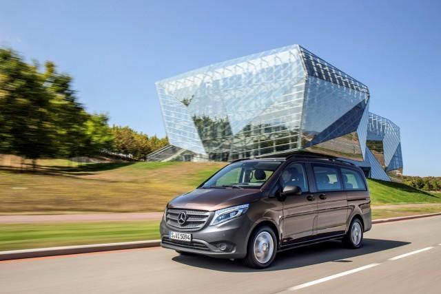 Mercedes Benz, Vito Präsentation und Fahrtermin in Vitoria/Spanien, Vito Mixto Cavansitblau met